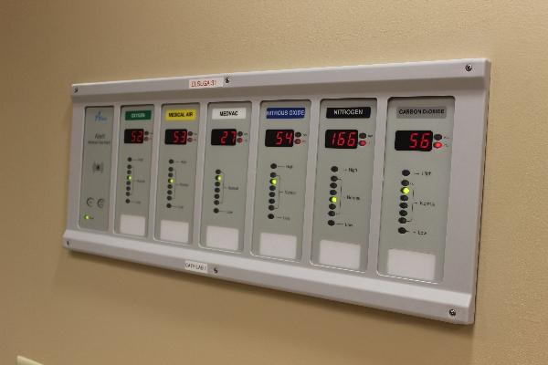 medical-gas-alarm-panel-1