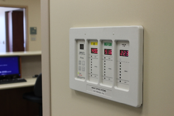 medical-gas-alarm-panel-2